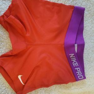 Girls Large Nike Pro Spandex Shorts